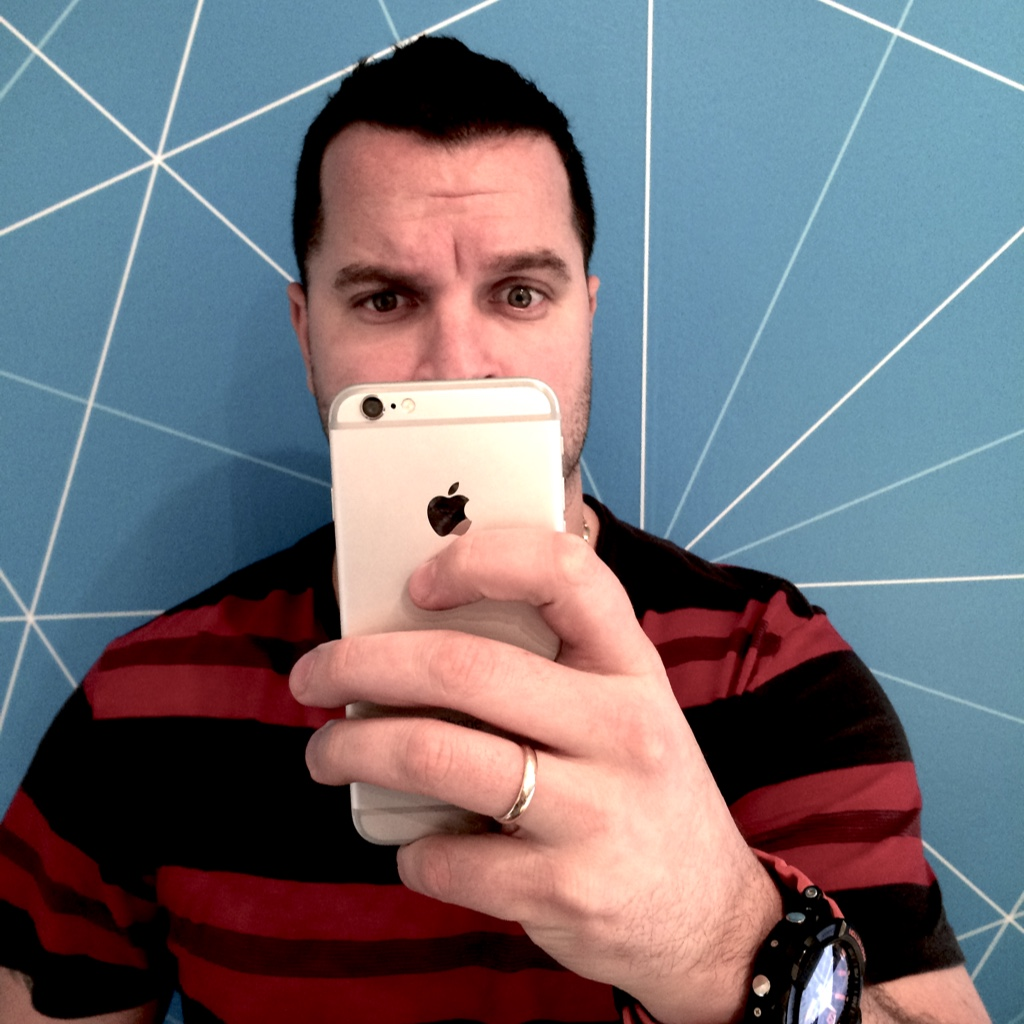 Rob searches on his iPhone 6: [ways to get the Marketing Manager to stop taking my photo].